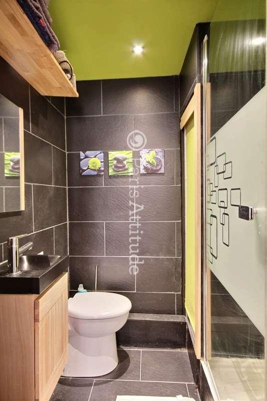 Louer un appartement paris 75002 23m montorgueil for Location studio meuble strasbourg