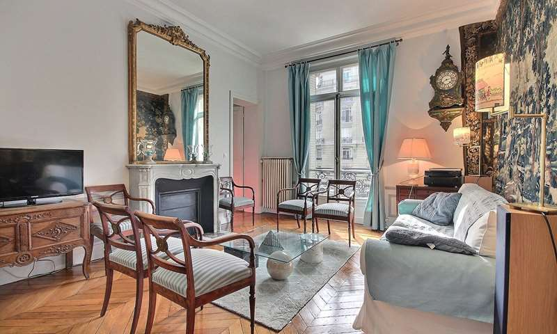 Rent Apartment 2 Bedroom 79m² boulevard emile Augier, 75016 Paris