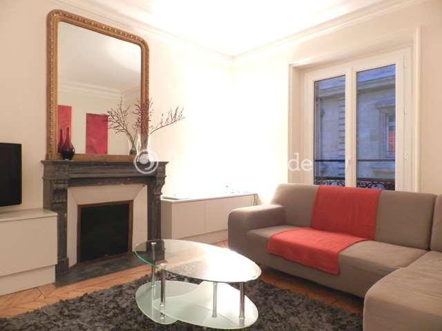Louer Appartement meublé 2 Chambres 65m² rue Yves Toudic, 75010 Paris