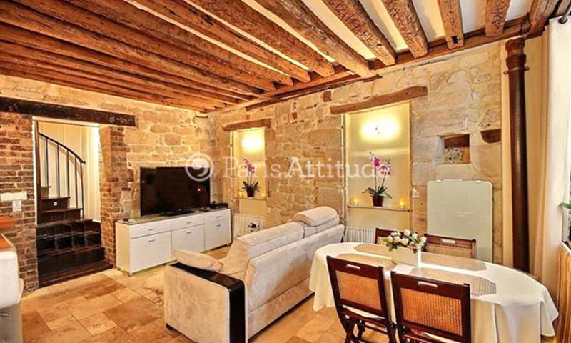 Rent Apartment 2 Bedrooms 60m² rue Therese, 75001 Paris