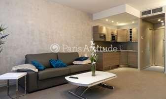 Location Appartement Studio 34m² rue de Berri, 8 Paris