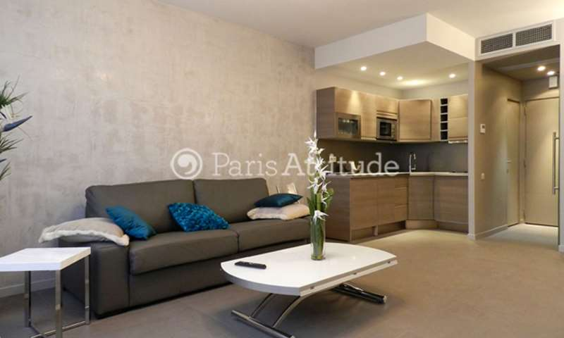 Rent Apartment Studio 34m² rue de Berri, 8 Paris