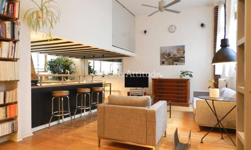 Rent Apartment 2 Bedrooms 90m² rue des Petites ecuries, 10 Paris
