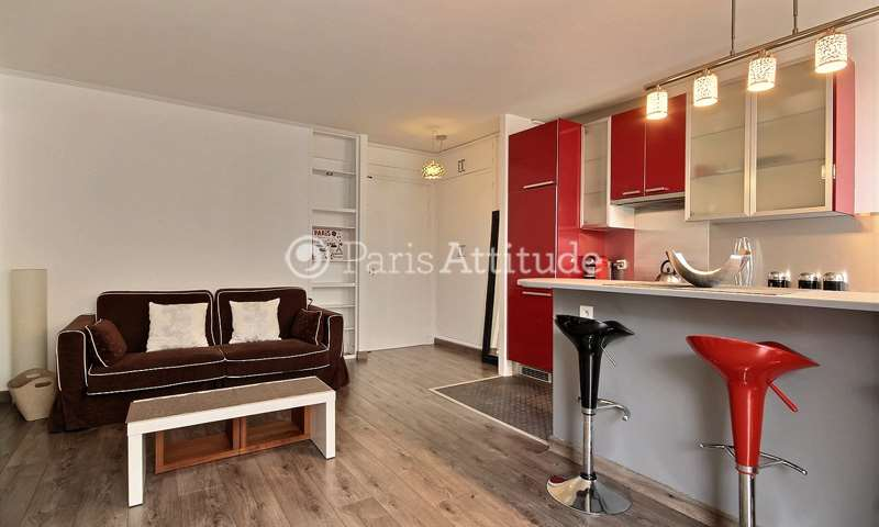Rent Apartment 1 Bedroom 40m² rue des Rondeaux, 20 Paris
