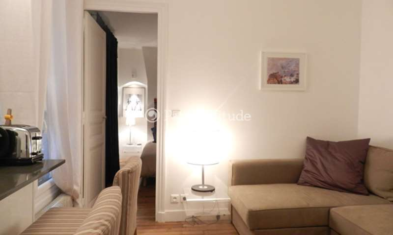Rent Apartment 1 Bedroom 30m² rue Jean François Gerbillon, 75006 Paris