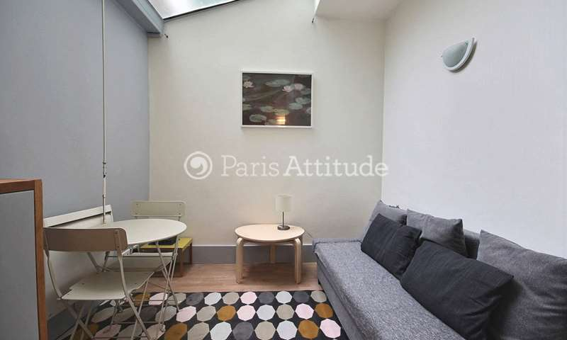Rent Apartment Alcove Studio 23m² rue de Maubeuge, 9 Paris