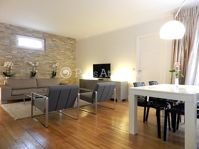 Rent Apartment 1 Bedroom 57m² rue Saint Dominique, 75007 Paris