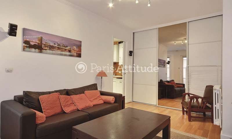 Location Appartement 1 Chambre 49m² rue de Berri, 75008 Paris