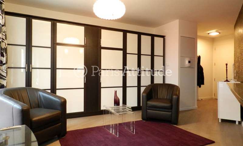 Rent Apartment Studio 33m² rue Cardinet, 75017 Paris