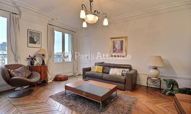 Rent Apartment 2 Bedroom 70m² rue Saint Martin, 75003 Paris