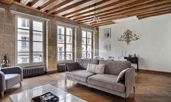 Rent Apartment 2 Bedrooms 65m² rue Montorgueil, 1 Paris
