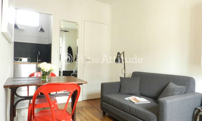 Rent Apartment 1 Bedroom 27m² rue Saint Bernard, 75011 Paris