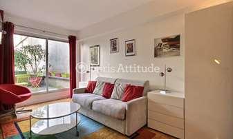 Rent Apartment Studio 26m² place Jacques Bonsergent, 10 Paris