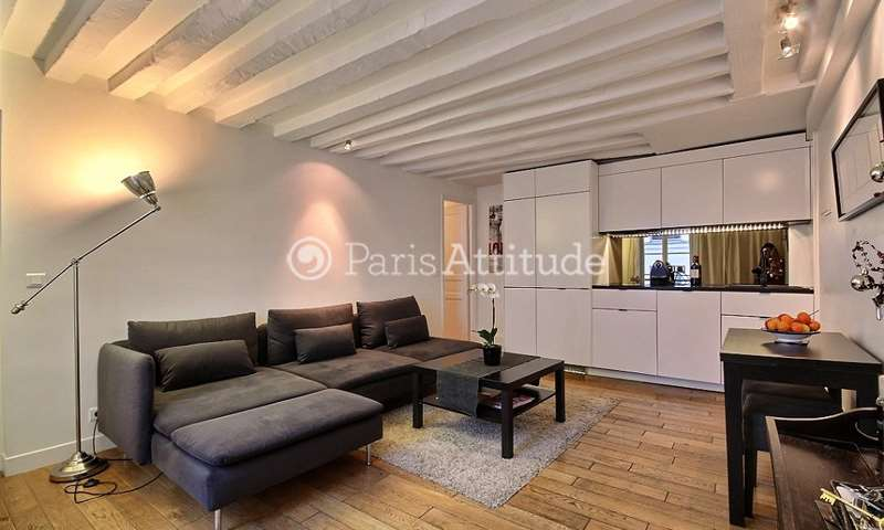 Rent Apartment 2 Bedrooms 62m² rue Cambon, 1 Paris
