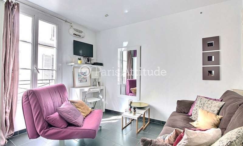 Location Appartement Studio 17m² rue de Grenelle, 7 Paris