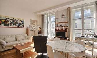 Rent Apartment 2 Bedrooms 71m² rue des Petits Carreaux, 2 Paris