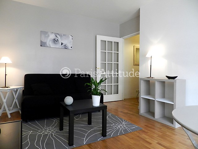 Rent Apartment Studio 22m² rue Rouelle, 75015 Paris
