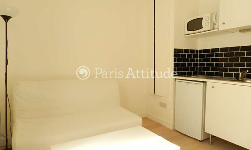 Rent Apartment Studio 14m² rue Augereau, 75007 Paris