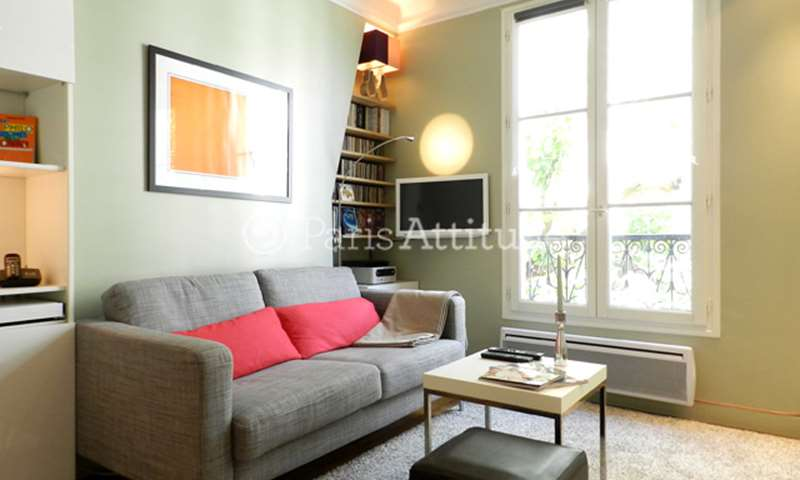 Rent Apartment 1 Bedroom 33m² rue du Chevalier de la Barre, 18 Paris