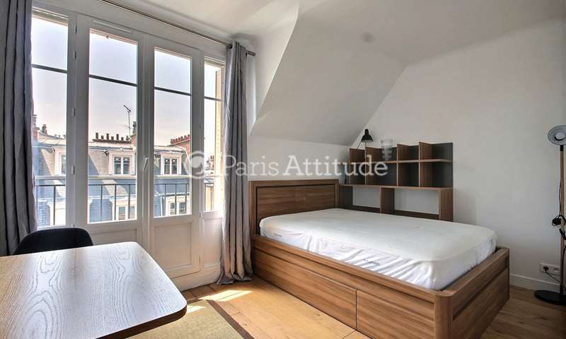 Rent Apartment 1 Bedroom 31m² rue Claude Lorrain, 16 Paris