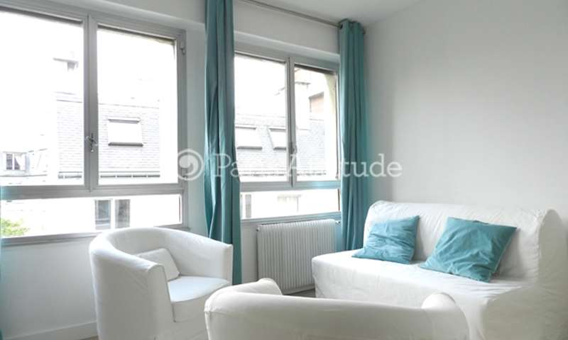 Rent Apartment 1 Bedroom 31m² rue Gustave Nadaud, 75016 Paris