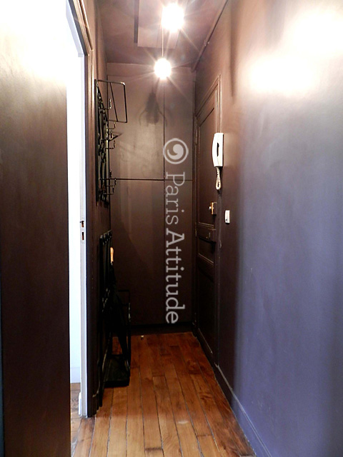 Louer un appartement paris 75018 48m montmartre for Louer chambre sans fenetre