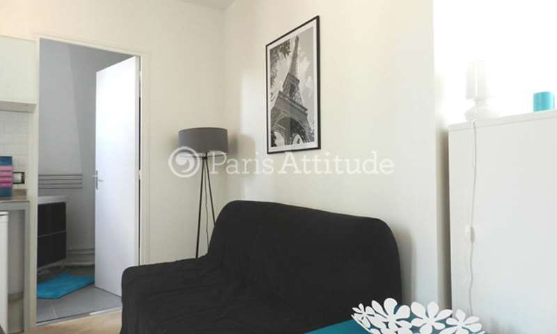 Rent Apartment Studio 17m² rue des Saints Peres, 6 Paris