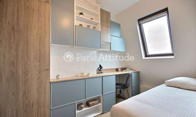 Rent Apartment Studio 17m² rue de Rome, 8 Paris