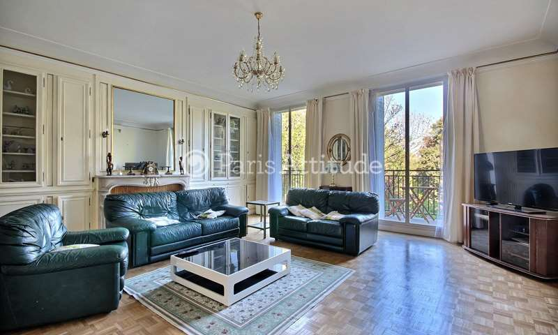 Rent Apartment 3 Bedrooms 152m² rue de Monceau, 8 Paris