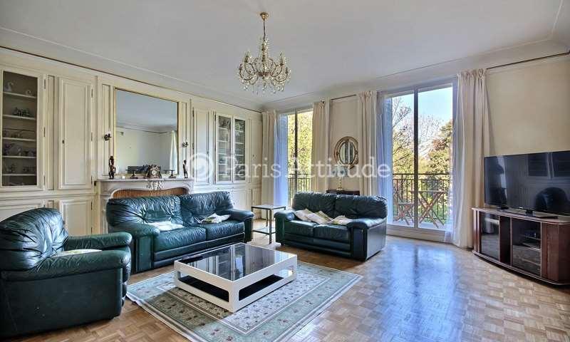 Location Appartement 3 Chambres 152m² rue de Monceau, 8 Paris