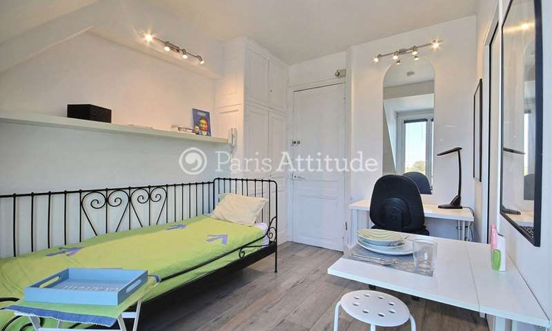 Location Appartement Studio 15m² rue de Monceau, 75008 Paris